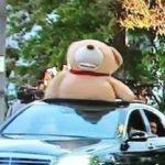 田口淳之介が逮捕!熊のぬいぐるみが乗った車両、その正体とは